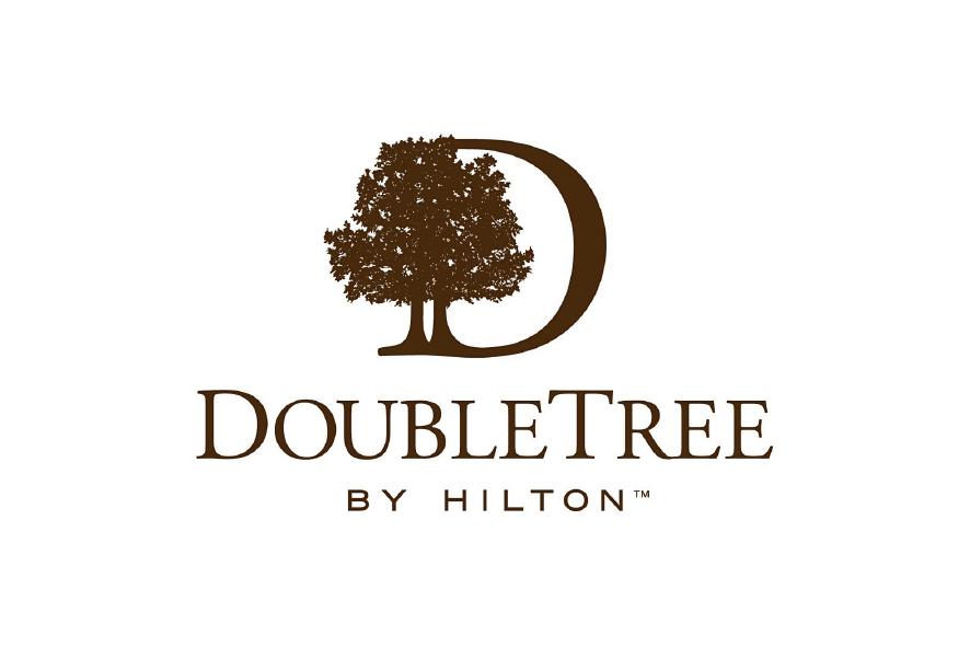 logo color marron oscuro hotel DoubleTree