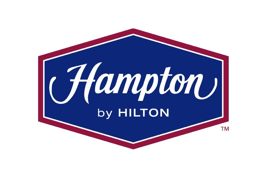 Logo rojo con azul hotel Hampton